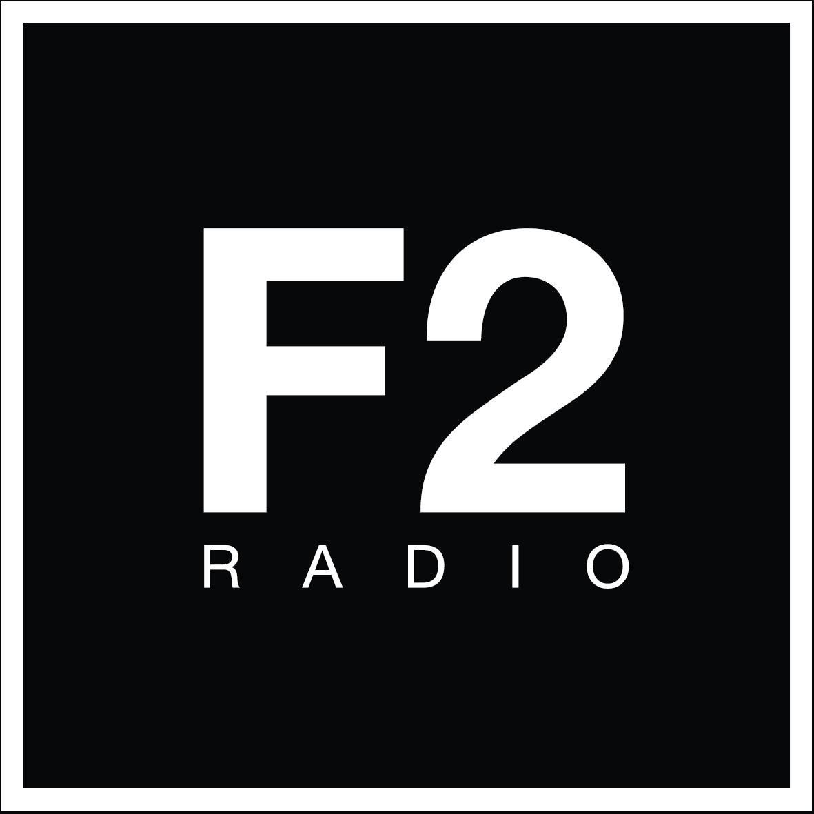 Logo F2 bar radio